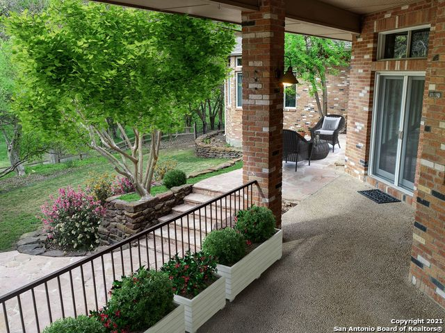 1225 River Terrace Property Photo 1