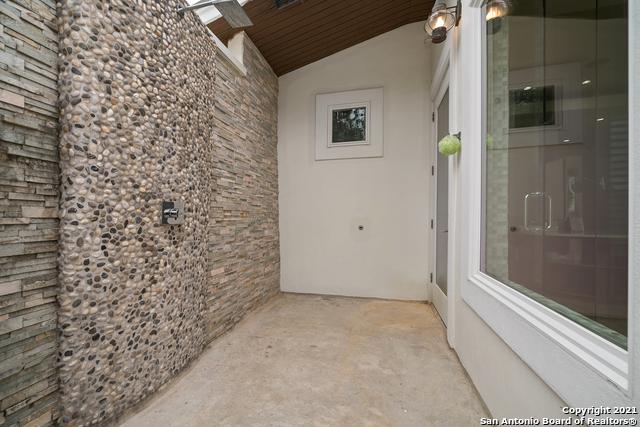 215 Winding Ln Property Photo 21