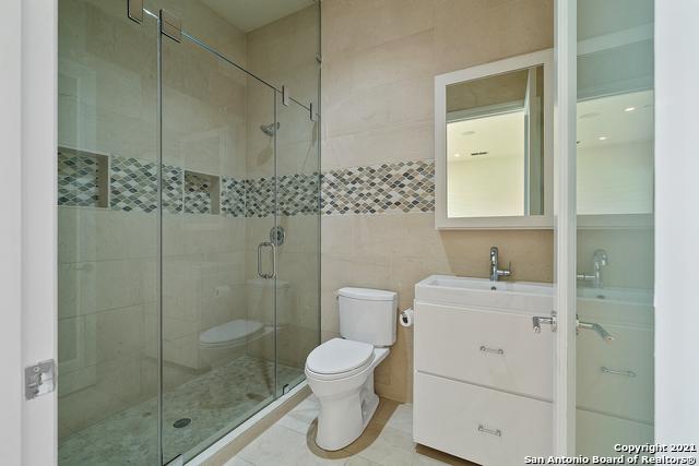 215 Winding Ln Property Photo 24