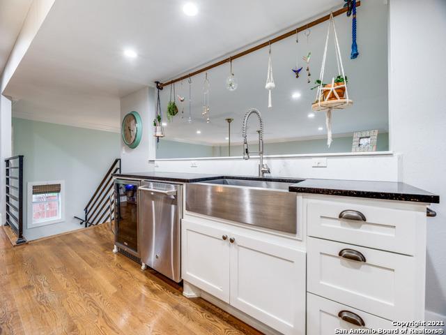 211 E Edgewood Pl Property Photo 11