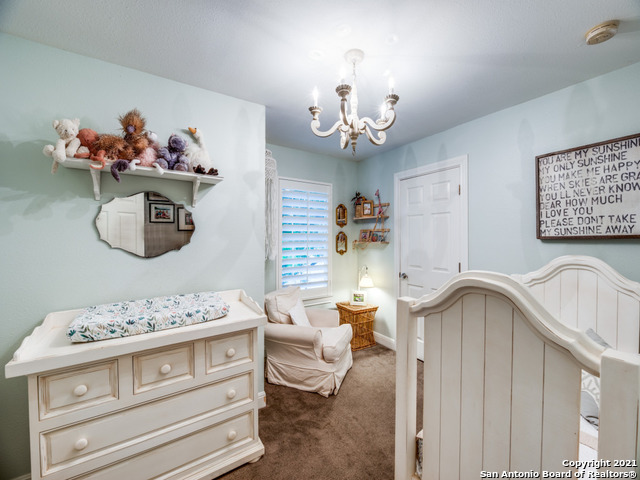 211 E Edgewood Pl Property Photo 25