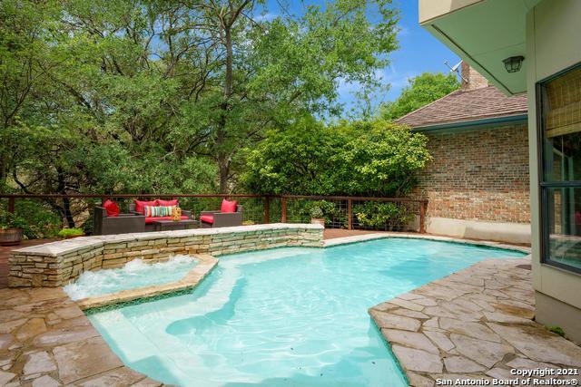 13731 Bluff Villas Ct Property Photo 1