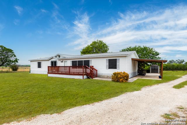 122 N County Road 5600 Property Photo 1