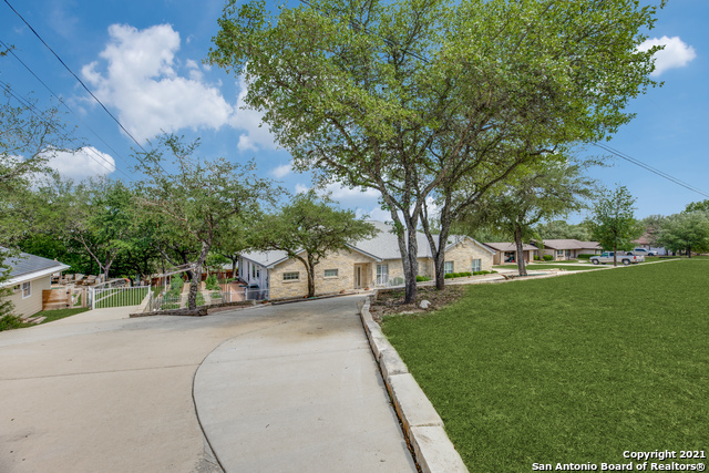 9810 Scenic Hills Dr Property Photo 1