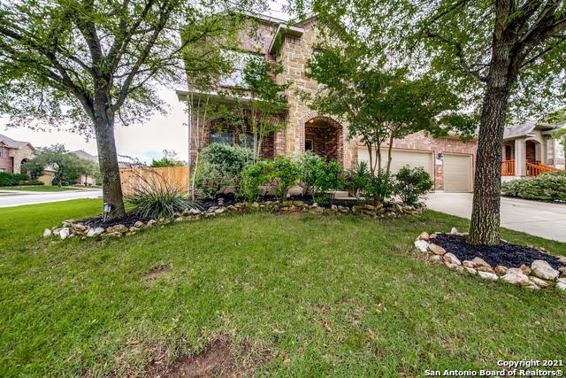 26138 Kingbird Cove Property Photo 1