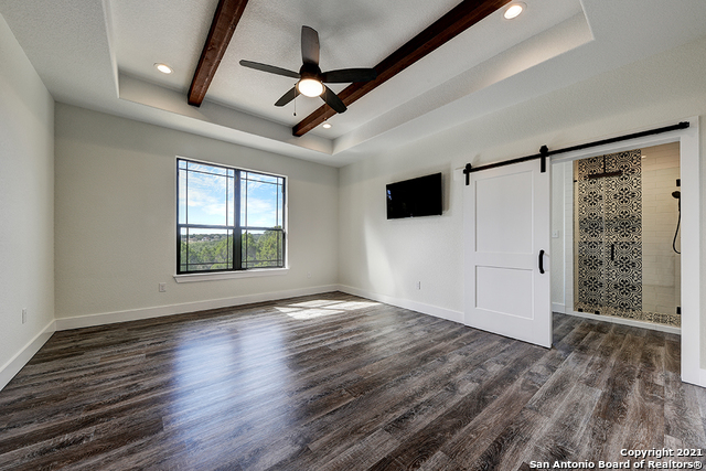 230 FLANDERS Property Picture 11