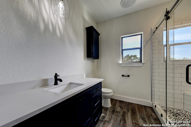 230 FLANDERS Property Picture 16
