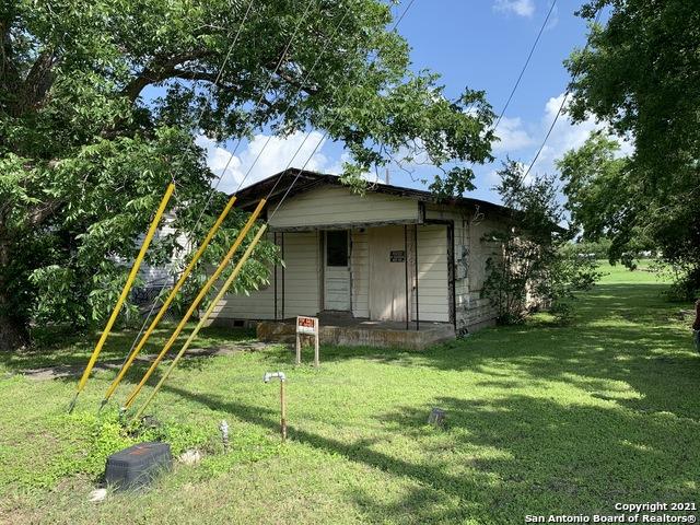 327 Klein St Property Photo 1