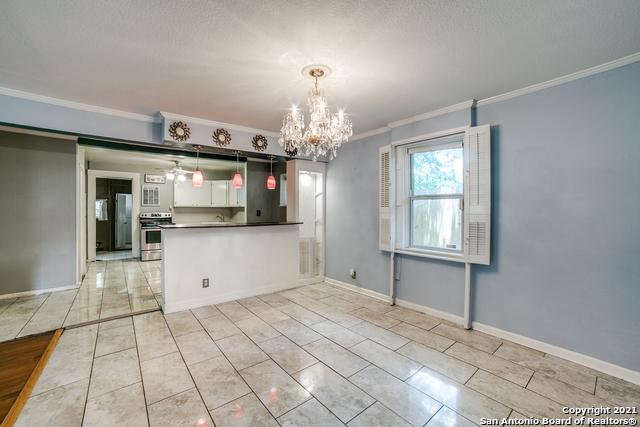 203 Altgelt Ave Property Photo 9