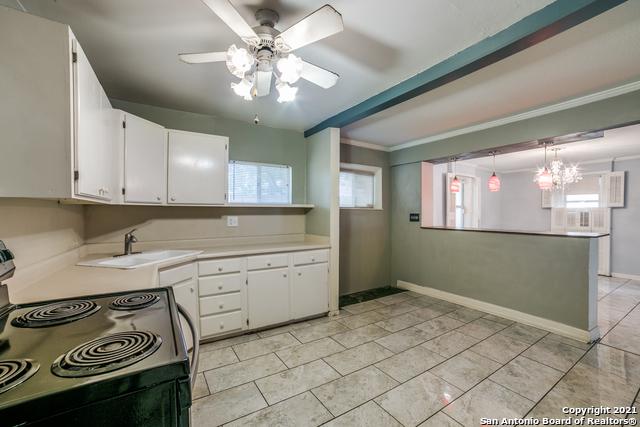203 Altgelt Ave Property Photo 12