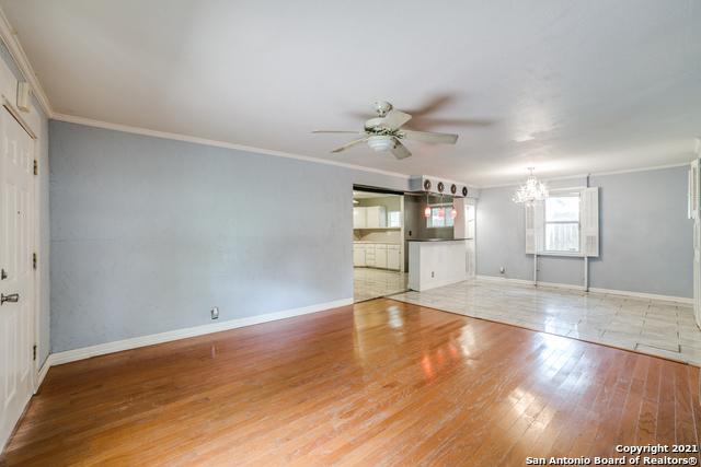 203 Altgelt Ave Property Photo 35