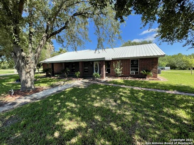 288 Cr 401 Property Photo 1