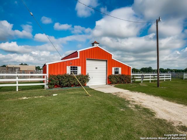879 Smith Falor Rd Property Photo 7