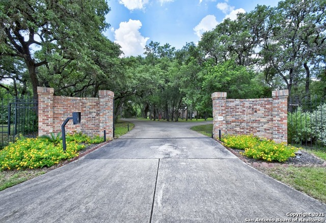 306 Hill Country Ln Property Photo 1