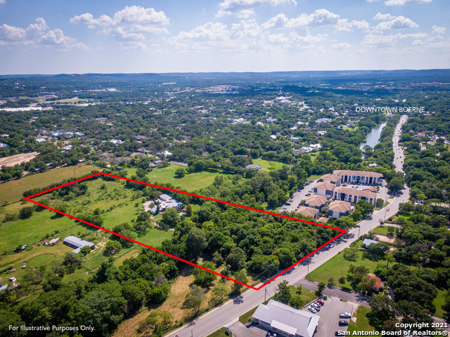 901 River Rd Property Photo 1