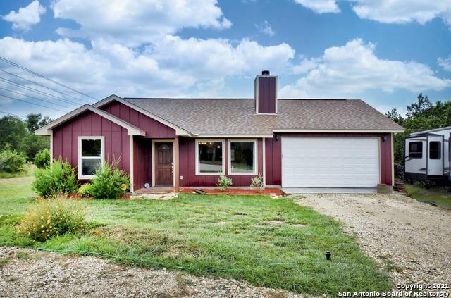 1587 Broad Oak Dr Property Photo 1
