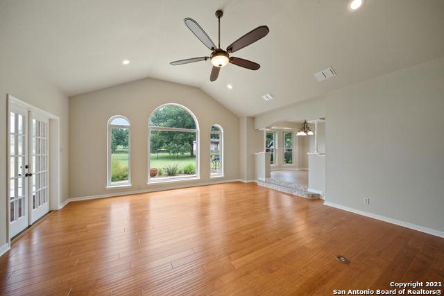 7548 Fair Oaks Pkwy Property Photo 9