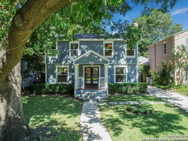 215 College Blvd Property Photo 1