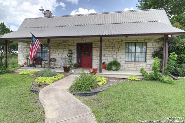 512 Fm 473 Property Photo 1