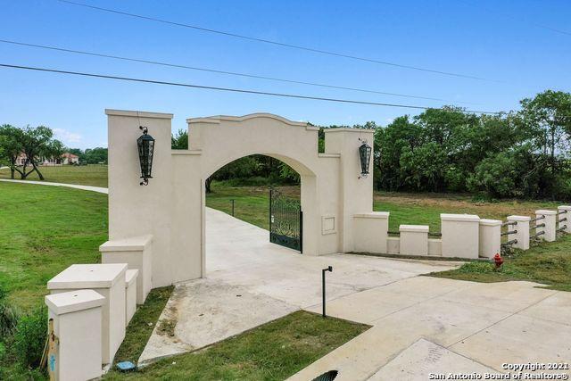 18195 W Loop 1604 S Property Image