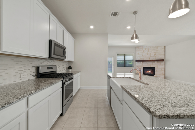 2302 CASTELLO WAY Property Picture 12