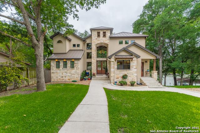 660 Three Oaks Rd Property Photo 1