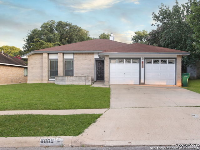 8009 Forest Ash Property Photo 1