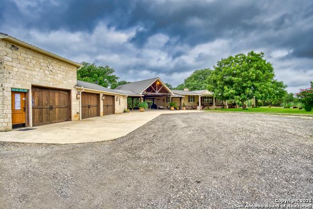 3950 Ranch Road 165 Property Photo 1