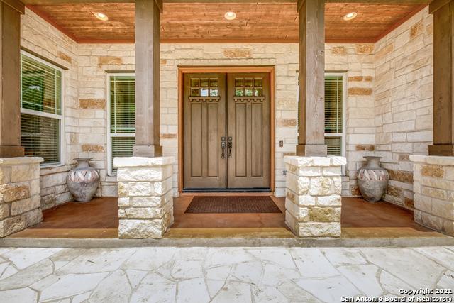 296 Flat Creek Property Photo 9