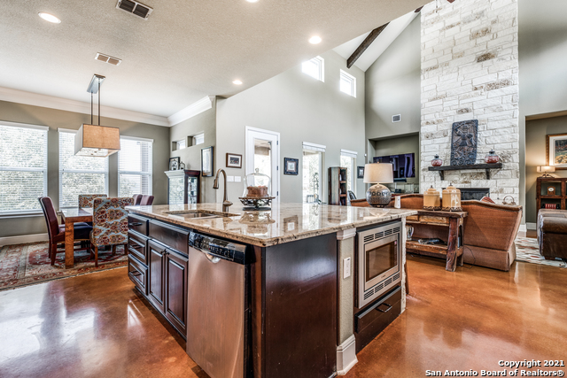 296 Flat Creek Property Photo 17