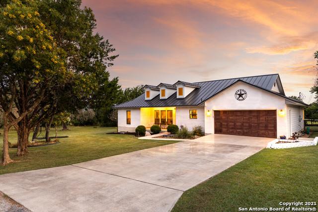 242 Briarwood Cir Property Photo 1