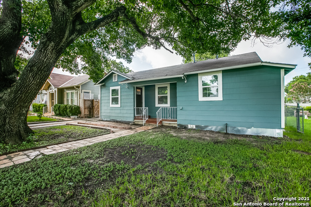 1114 SCHLEY AVE Property Photo 1