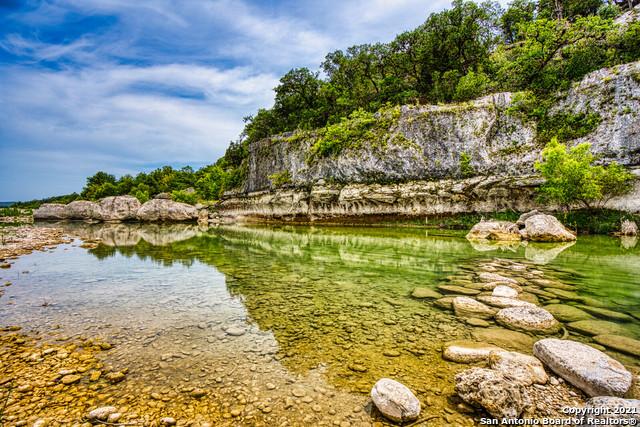 547 Lake Rd Property Photo 1