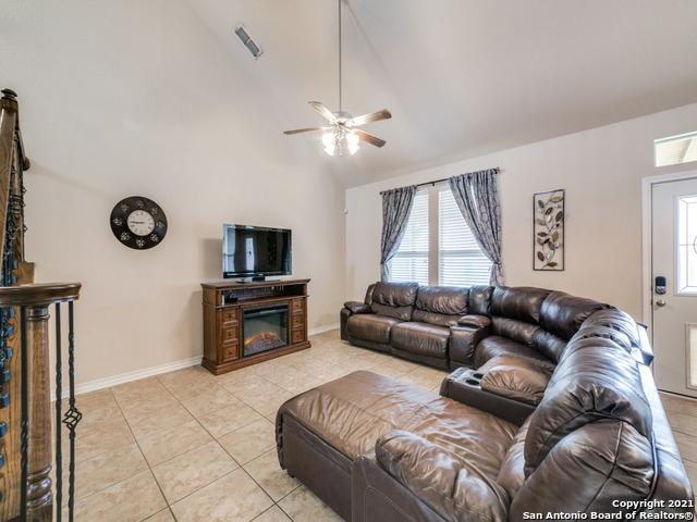 12155 Sonni Field Property Photo 11