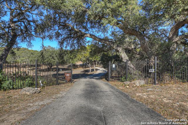 15090 Tx-46 W Property Photo 1