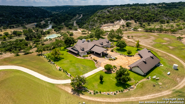 1717 Kc 450 Property Photo 3