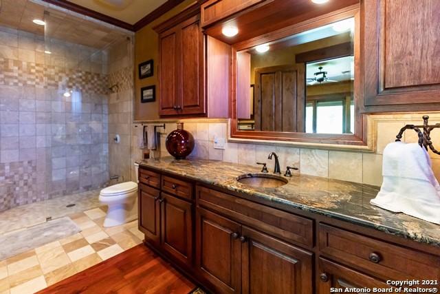 1717 Kc 450 Property Photo 21