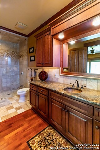 1717 Kc 450 Property Photo 23