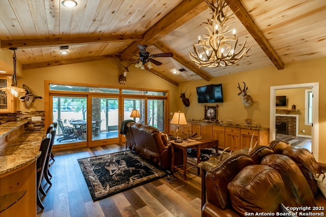 1717 Kc 450 Property Photo 39