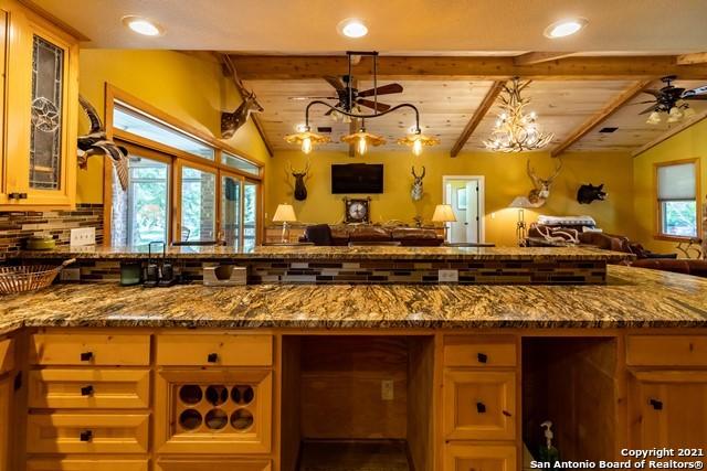 1717 Kc 450 Property Photo 42