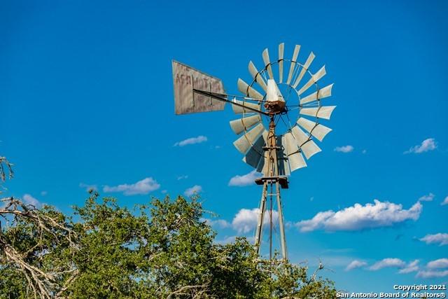 1717 Kc 450 Property Photo 43
