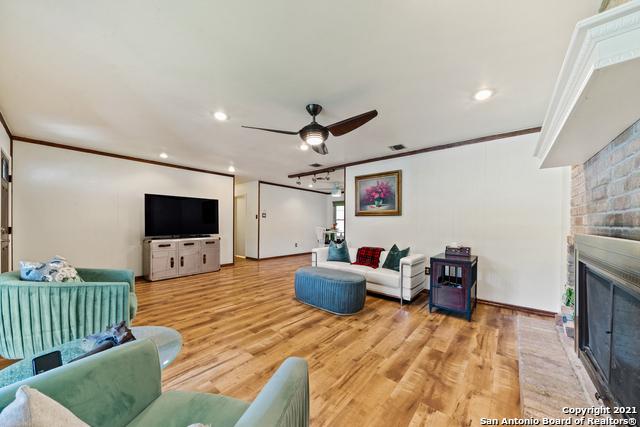 1026 LARKSPUR Property Picture 8