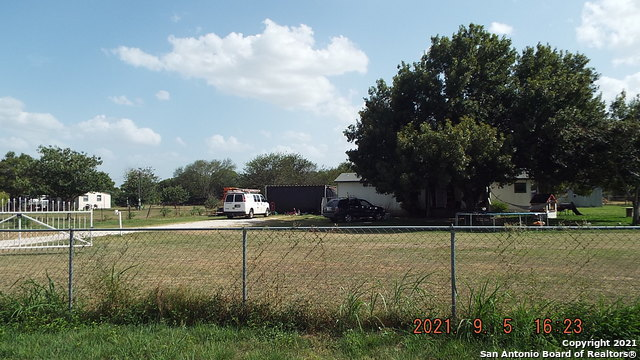 14240 Macdona Lacoste Rd Property Photo 1