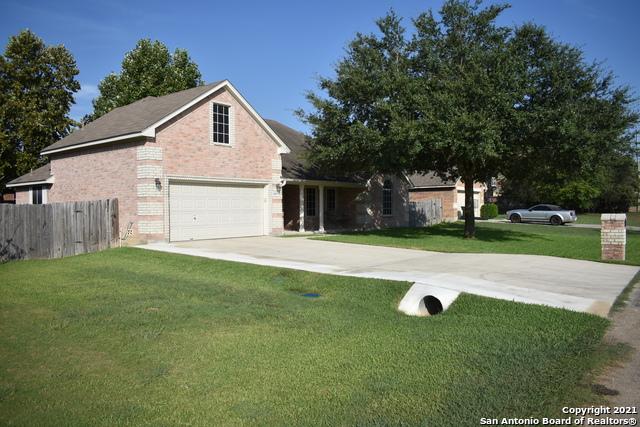 15813 Hill Ln Property Photo 1