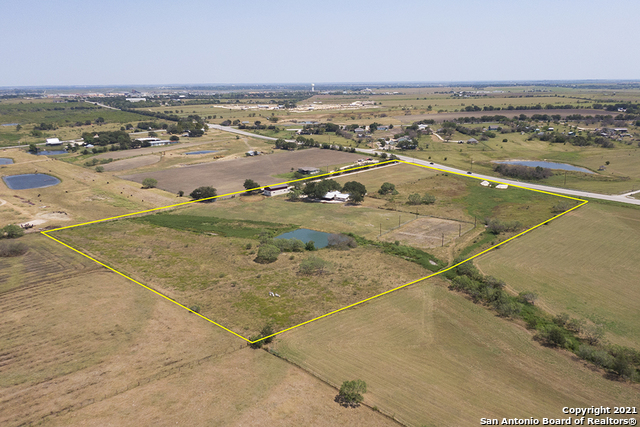4602 S Old Bastrop Hwy Property Photo 1