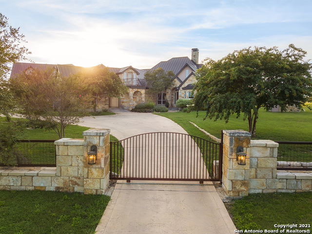 14313 Santa Loma Property Photo 1