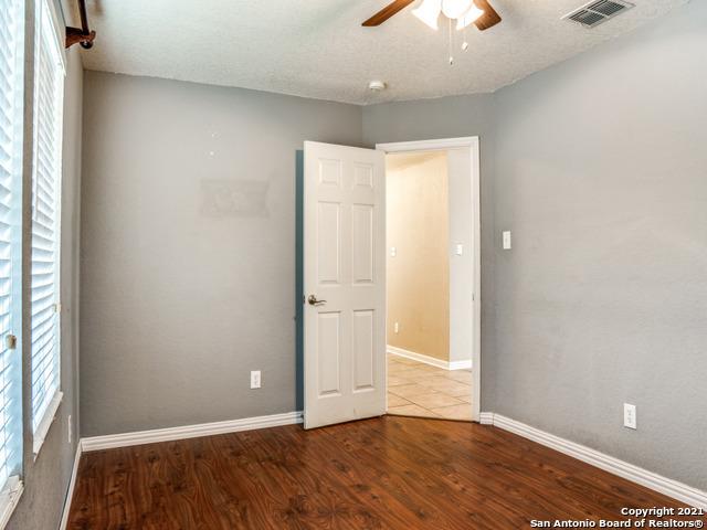 9031 Sycamore Cove Property Photo 16