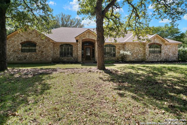 31828 Oak Ridge Pkwy Property Photo 1
