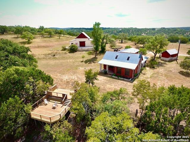401 Twin Creek Rd Property Photo 1