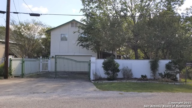 874 Lakebreeze Dr Property Photo 1